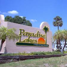 Sign for Paradise Lakes Community