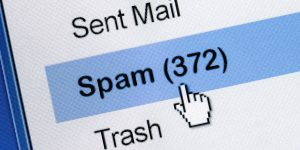 "E-Mail Account List with Cursor Pointing to ""Spam (372)"""